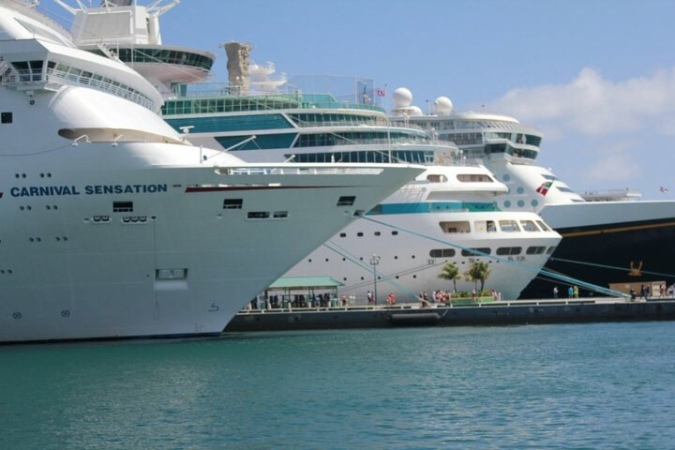 Cruise Ship Line-up